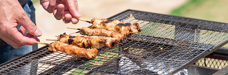 コロナの影響で食べられなかった焼き鳥をいつも美味しく炭火焼きでいただいています