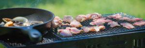 焼き鳥を屋外で楽しもう!秋バーベキュー&キャンプのススメ
